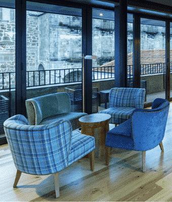 NEYA Porto Hotel Bar Último Cadeiras